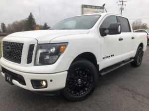2018 Nissan Titan SV Midnight Edition Midnight Edition with N...