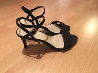 New look, black low heel sandals