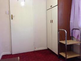 Crawley single room