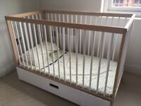 Mokee cot for sale