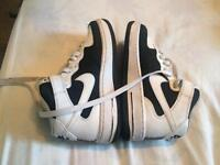 Nike Air size 4