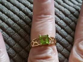 Fabulous 9 carat gold and peridot Ring