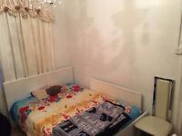 Zone 2 - Double room short/long term let. £450PCM All bills Included.
