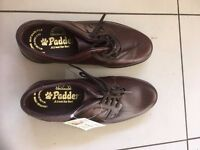 Men's Brown Size 6 1/2 Padder Lace up Shoes. NEW in box