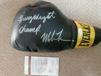 """Mike Tyson Autographed Everlast Boxing Glove -""""Heavyweight Champ"""