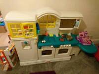 Little tikes country cottage play kitchen