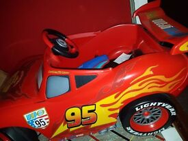 Lightening mcqueen electric car origionaly £200 will sell for £100 pick up only
