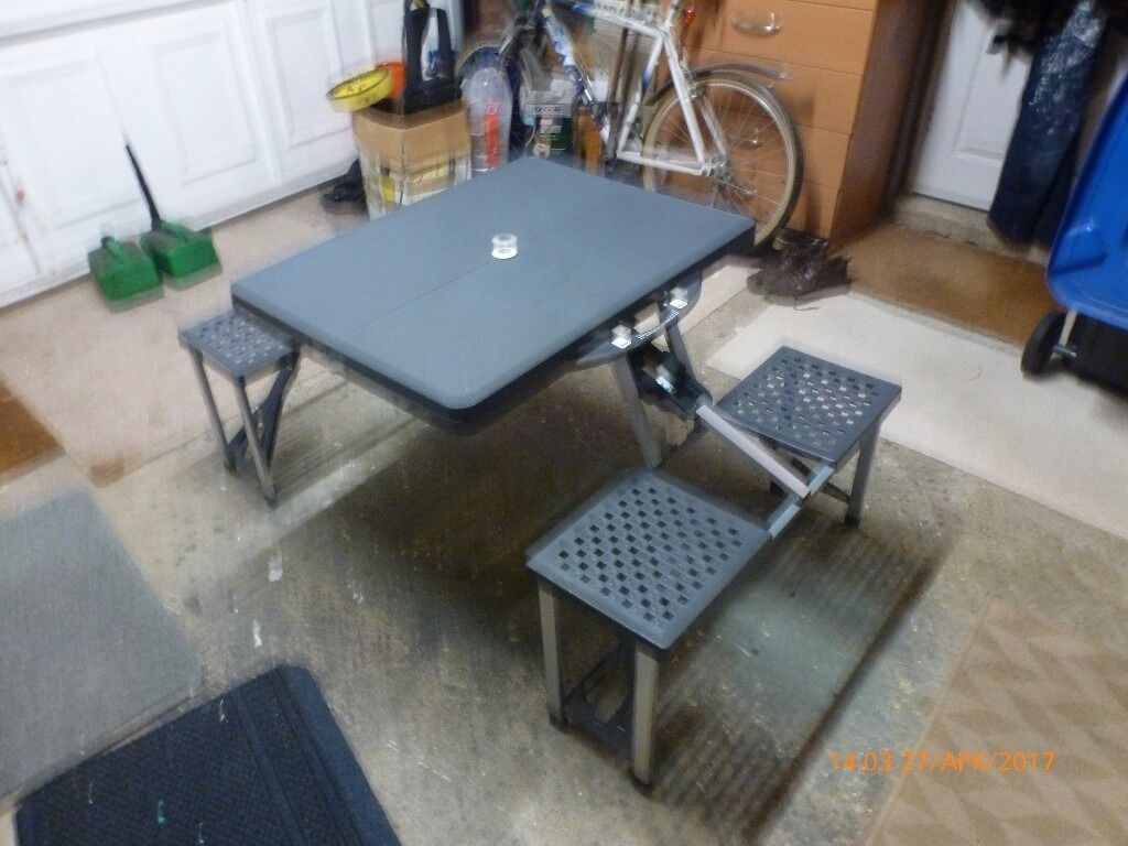 Toulouse Foldaway Picnic Table Chairs