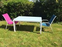 Aluminium garden table and chairs