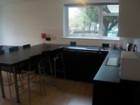 Modern and spacious 4 bed flat in Merchiston- Bills included