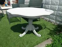 BEAUTIFUL SHABBY CHIC STYLE GREY COFFEE / OCASSIONAL TABLE
