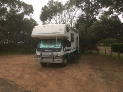 Motor home Winnebago Isuzu NPR 300 Turbo Diesel Automatic Anna Bay Port Stephens Area Preview