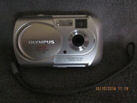 Olympus Camedia C-160 digital camera. Only £5
