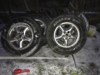 Land Rover Discovery td5 tyres on alloys