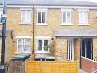4 Bedroom House In Seven Sisters