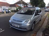 Automatic Citroen xsara Picasso, 2litre, for sale, very low mileage, long MOT, drives very nice.