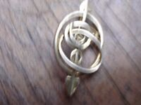 9ct Gold Plate Pretty Rennie MackIntosh like Brooch