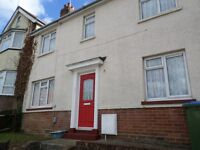 3 bed house with garden easy reach of General Hospital