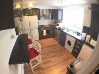 *** Very Lovely Spacious Double Room + Cable Tv + GArden (ALL BILLS INCLUDED) ****