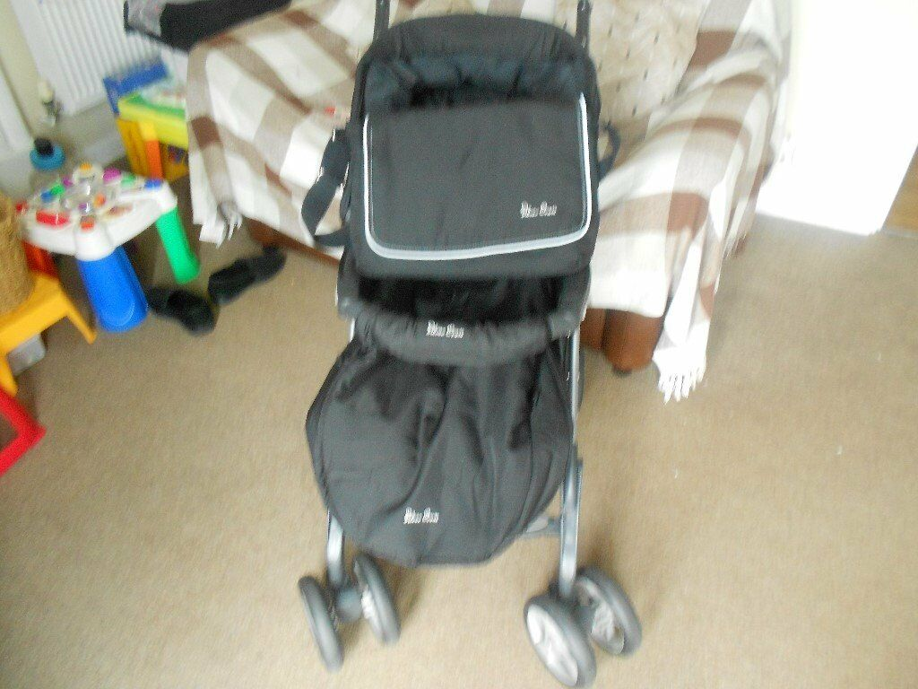 SILVER CROSS PRAM/PUSHCHAIRin Wollaton, NottinghamshireGumtree - SILVER CROSS PRAM/PUCHCHAIR IN GOOD CONDITION , HAS CHANGING BAG, AND RAIN HOOD ,SMOKE FREE,PET FREE HOME