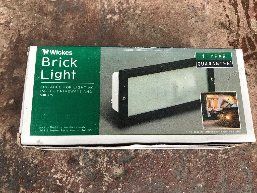 Brick / wall lights