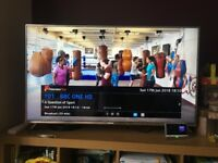 6 month old + Panasonic TX-50EX700B 50 Inch Smart LED TV 4K Ultra HD Freeview Play + LOCAL DELIVERY