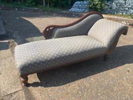 Antique Victorian Mahogany Chaise Longue