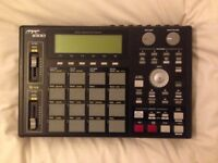 Akai MPC 1000 in fantastic condition with 2GB memory card
