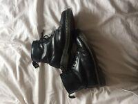 Dr Martens 1460 Black leather size uk7
