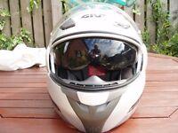 Givi Helmet, Silver, flip front with internal drop down sun visor, model HPS X.08