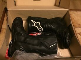 Ladies Alpinestar motorbike boots. Brand new!