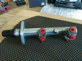 Master cylinder for golf mark one