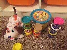 Set of play doh