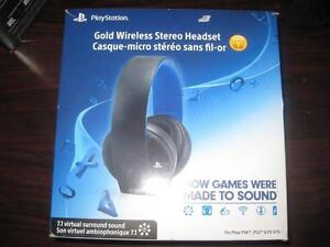 Sony PS4 Gold Wireless Headset for the PlayStation. PS4, PS3 and PS Vita. Surround Sound. Noise Cancelling Mic. NEW