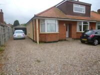 Student 5 bedroom Spacious f/furnished fully inc rent house close to UEA with wi.fi TV
