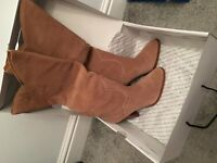 new aldo suede boots size 7