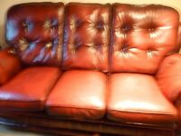 CHESTERFIELD STYLE 3 PIECE SUITE, 3 SEATER +2 CHAIRS, 1 IS A RECLINER, EXCELLENT CONDITON, £595
