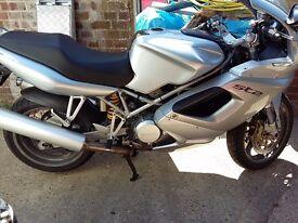 Ducati ST 2005 1000cc