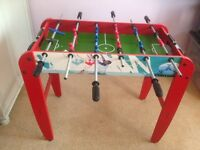 Debut Football Table 3ft, great condition, balls included.