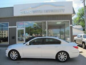 2011 Hyundai Genesis LUXURY SEDAN LOADED only 143,000 k