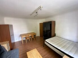 Extra Large Double Room to rent