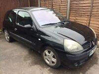 Black Renault Clio, 2005, FOR SPARES/SCRAP, 81000 miles