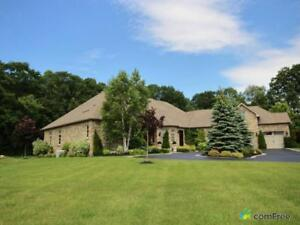 $2,589,000 - Bungalow for sale in Stouffville