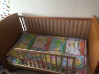 Mamas & Papas cot bed and chest of drawers