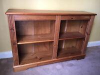 Pine bookshelf - good condition