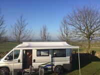 Motorhome Carefree Freedom Roof Mount Awning