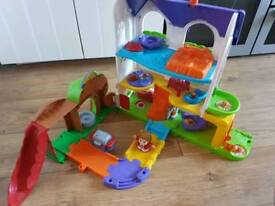 Vtech baby toot toot house