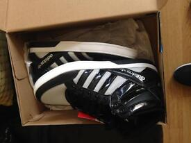 Adidas shoes adult size 7 brand new