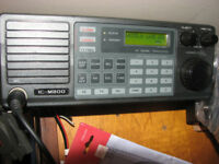 ICOM MC-800 Marine Transceiver c/w AT-120E Tuner & Manuals