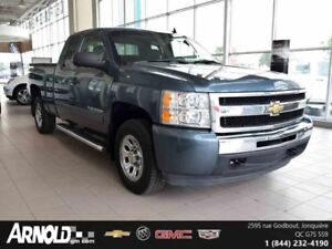 2011 CHEVROLET SILVERADO 1500  PICK-UP QUATRE PORTES À